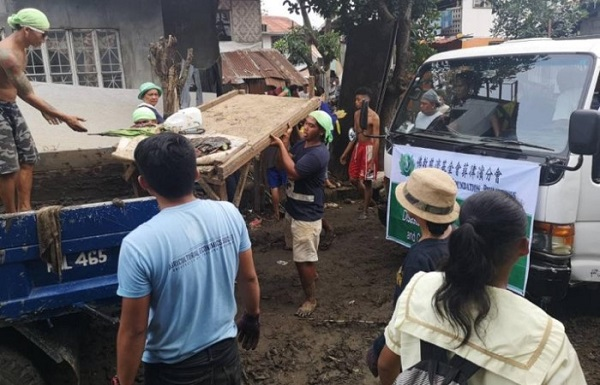 Cash-for-Work Programme Relieves Flood Victims in Philippines' Davao City